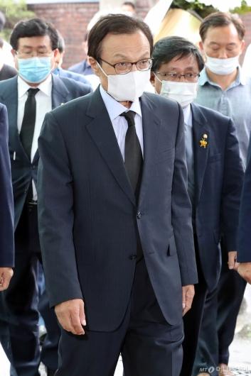 [사진]이해찬 대표, 박원순 서울시장 빈소 조문