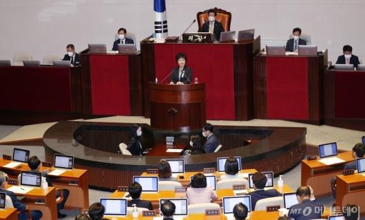 [사진]발언하는 조수진 의원