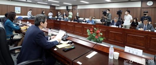 [사진]이인영 장관, 북민협과 '북한 보건의료' 협력 방안 논의