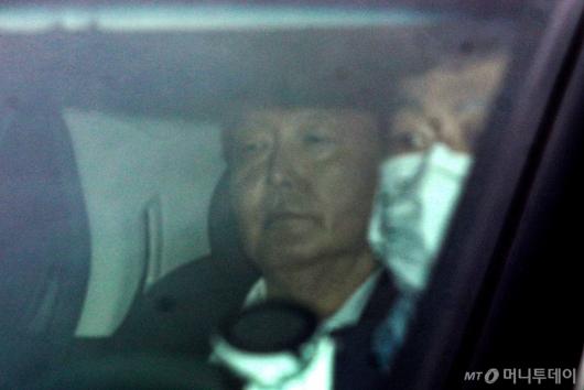 [사진]출근하는 윤석열 총장