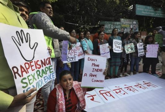 인도서 40대 여성 집단성폭행, 조카에게도 강간 강요…동영상까지 유포
