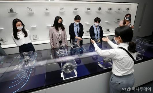 [사진]눈으로 직접 보는 수소차 기술