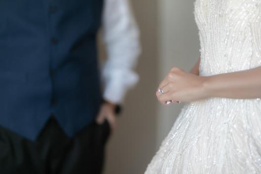 남의 결혼식에 하객으로 왔다 남편과 전 남친 치정극…둘 다 사망