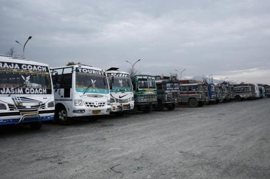 인도 버스 운전사와 차장, 운전하며 여성 승객 번갈아 성폭행