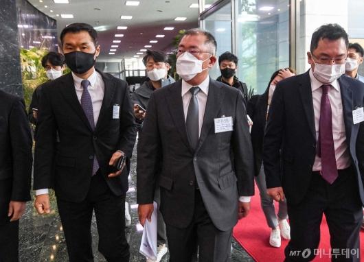 [사진]수소경제위원회 참석하는 정의선 회장