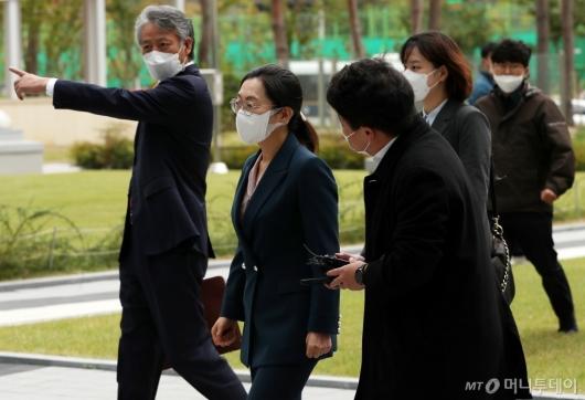 [사진]법원 출석하는 은수미 성남시장
