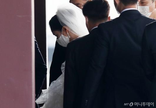 [사진]면사포 쓴 아모레 장녀 서민정