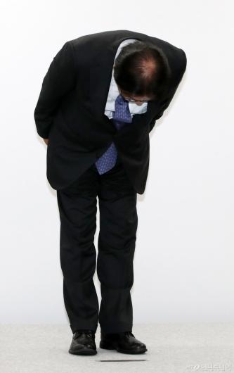 [사진]고개숙인 CJ대한통운 박근희 대표