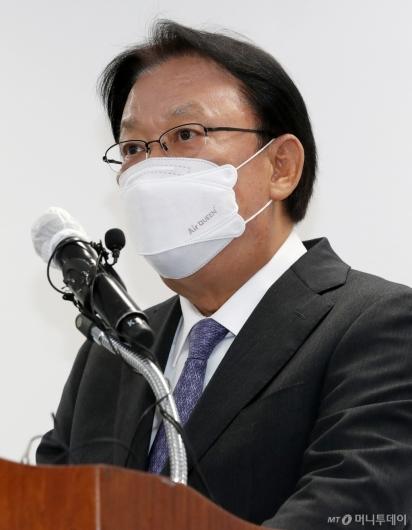 [사진]'택배기사 과로사' 사과문 발표하는 박근희 대표