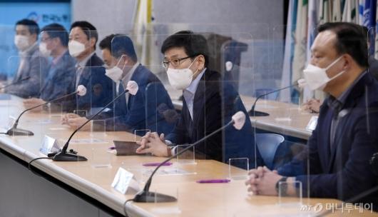 [사진]모두발언하는 나기홍 삼성전자 인사팀장