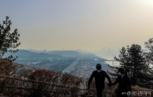 [사진]미세먼지와 황사의 습격