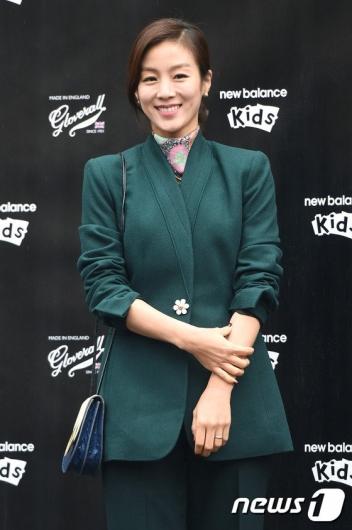 문정원, 과거 '슈퍼맨'서도 PPL 눈총…층간소음·먹튀 '논란의 맛'