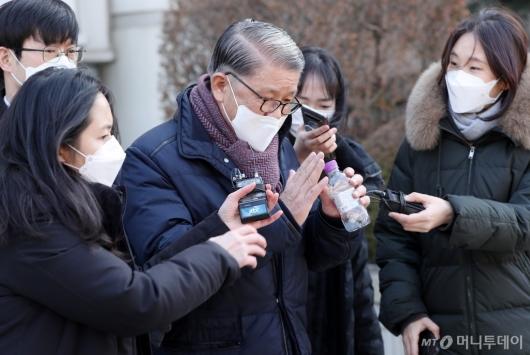 [사진]'횡령·배임' 최신원 회장 구속 갈림길