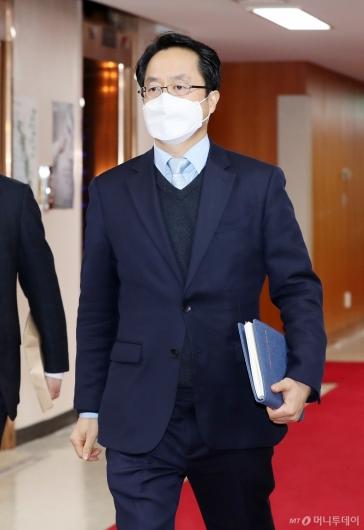 [사진]이종근 대검 형사부장, 검경 실무협의회 참석