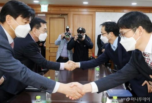 [사진]'LH 투기 의혹' 수사에 손잡은 검경