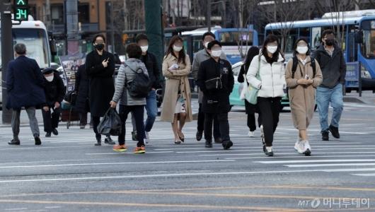 [사진]쌀쌀한 퇴근길