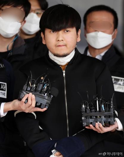 [사진]'세 모녀 살해' 김태현 얼굴 공개