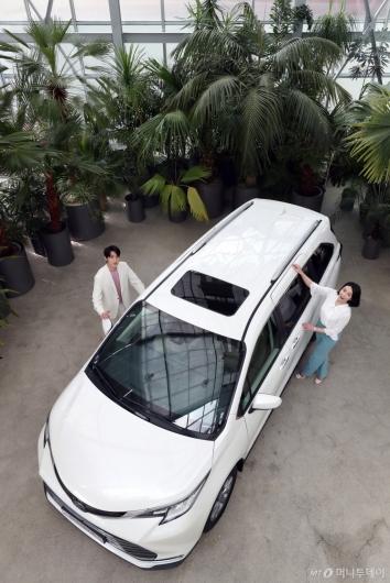 [사진]하이브리드 미니밴 '뉴 시에나'