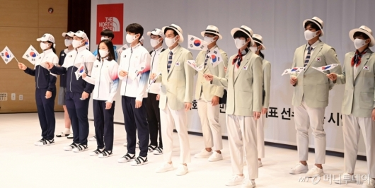 [사진]도쿄올림픽 시상복-단복 공개
