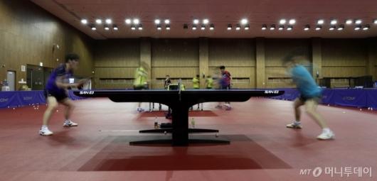 [사진]구슬땀 흘리는 국가대표 선수들