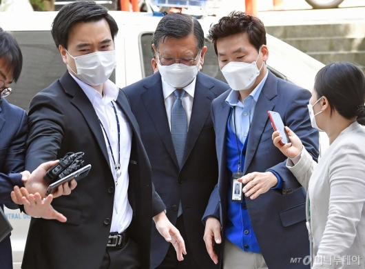 [사진]박삼구 전 회장, 영장실질심사 출석