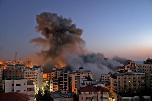 공격, 반격…이스라엘-하마스 무력충돌 격화