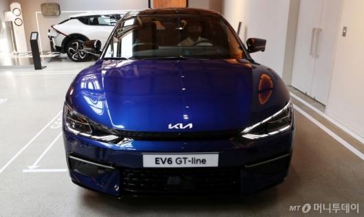 [사진]공개된 기아 첫 전용 전기차 'EV6'