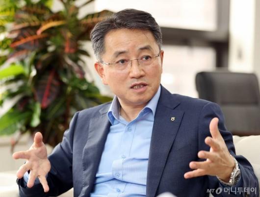 """김인태 농협생명 사장 """"온라인보험 블루오션, 새로운 10년 준비할 것"""""""
