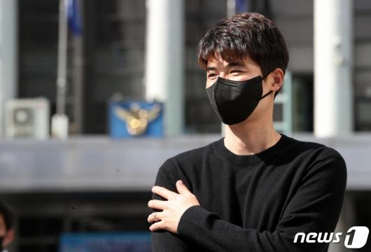 '성폭행 의혹' 기성용측 변호사, 돌연 사임…