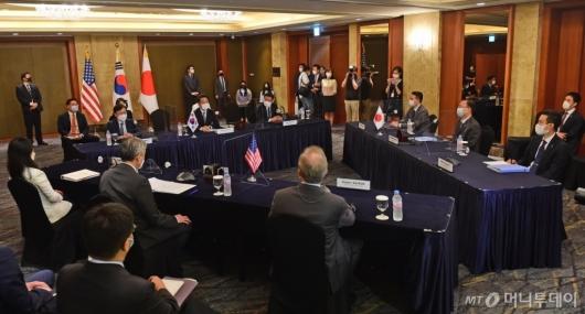 [사진]한미일 북핵 수석대표 협의