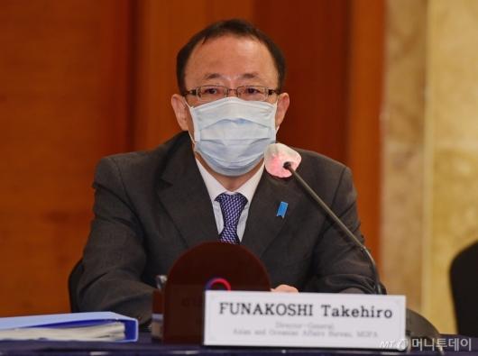 [사진]발언하는 후나코시 다케히로