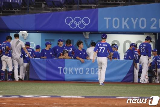 韓야구, 올림픽 2연패 좌절…미국전 완패, 7일 동메달 결정전