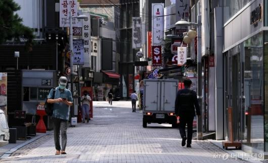 [사진]수도권 거리두기 4단계 2주 재연장