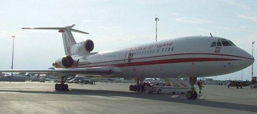 ▲10일(현지시간) 러시아 스몰렌스크 공항 인근에 추락한 폴란드 공군 101호기 'Tu-154M'.