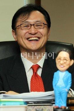 [머투초대석]유상호 한국투자증권 사장은 누구