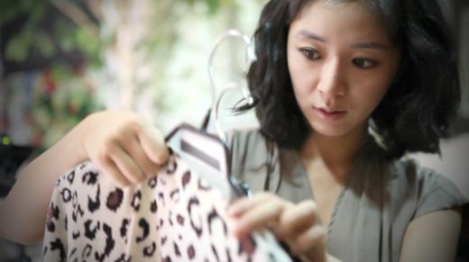 로로스, 동영상 기반의 여성의류 전문몰