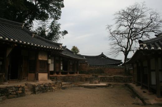 ▲강골마을 전형적인 양반가 저택