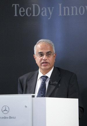 ↑바랏 발라수브라마니안(Bharat Balasubramanian) 다임러 그룹 제품 혁신&선행 기술 연구개발 총괄 부사장.