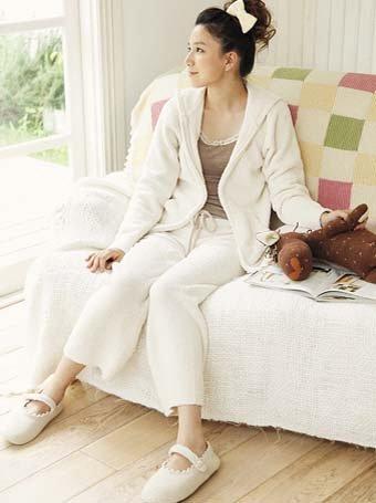일본은 지금 룸웨어 패션 열풍