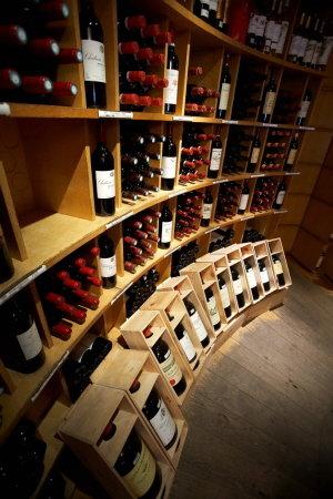 보르도 와인만의 독특한 풍미를 지닌 고품질 와인