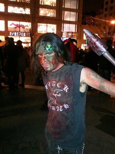 ↑ 공포의 밤에는 피를 봐야..흐흐흐