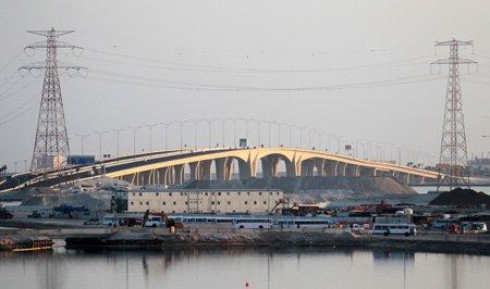 ↑ 아랍에미리트 아부다비의 걸프해안 주변 건설현장 ⓒ이동훈 기자