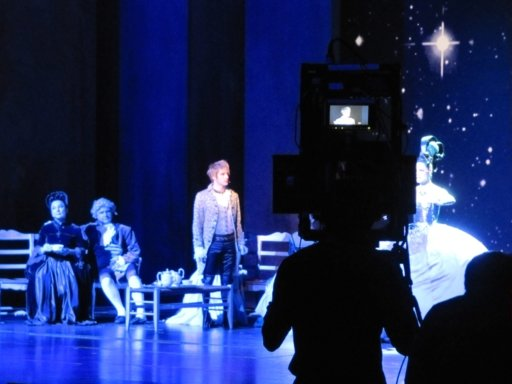 SK텔레콤은 21일 저녁(현지시각) 프랑스 파리 '팔래 데 스포르 드 파리에서 '모짜르트, 락 오페라'를 3D로 촬영하고 있다.