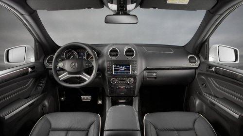 [시승기]벤츠 SUV, AMG를 만나다 'ML300 CDI'