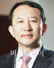 """권오철 하이닉스 사장 """"30나노 D램 진입"""""""