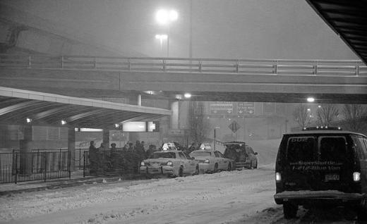 美동부 폭설, JF케네디 공항 폐쇄