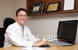 골격성 부정교합, 턱교정 수술로 외모 개선