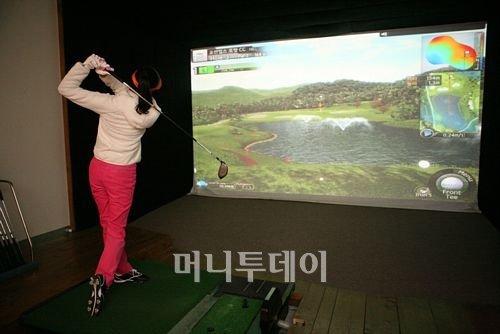 골프존 500억 투입, 골프 생활스포츠화 추진된다.