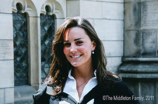 ↑윌리엄왕자와 케이트미들턴의 결혼소식을 알리는 공식홈페이지에 공개된 미들턴의 사진