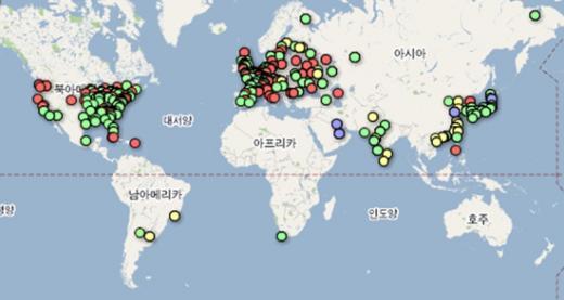 지역별 원전 분포도(녹색-운영중, 노란색-건설중, 파란색-계획중, 빨간색-가동중단·폐쇄·건설보류)ⓒ파이낸셜타임스